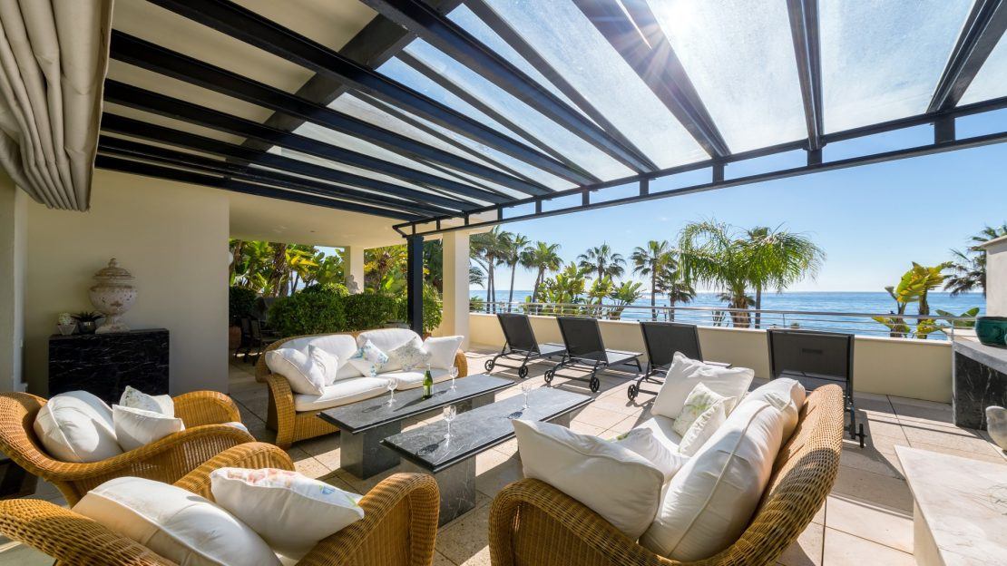 Beachside living on Marbella's Golden Mile