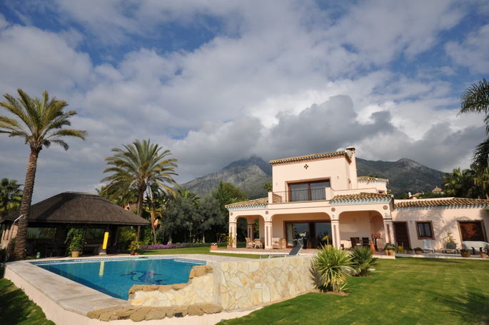 Engel Volkers, Marbella Golden Mile Villa