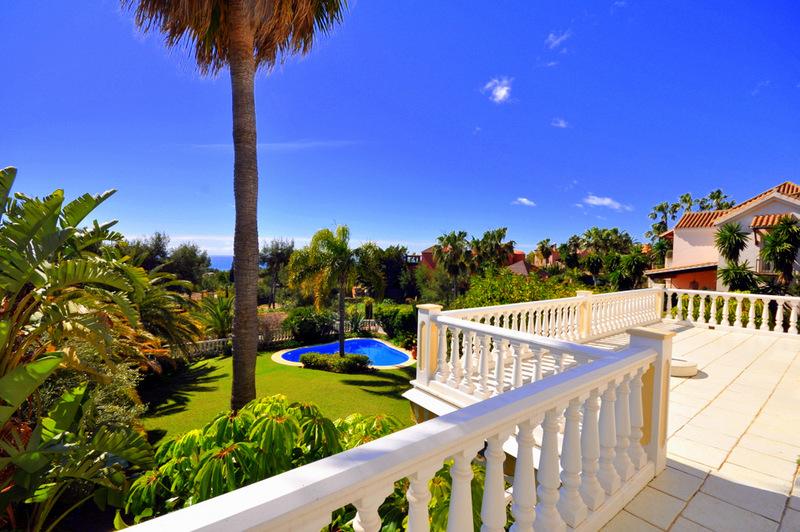 Classic Style Villa for sale in Sierra Blanca, Marbella