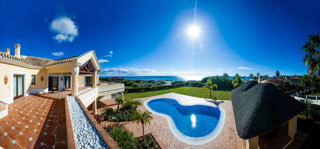 Front line Beach villa in Marbella
