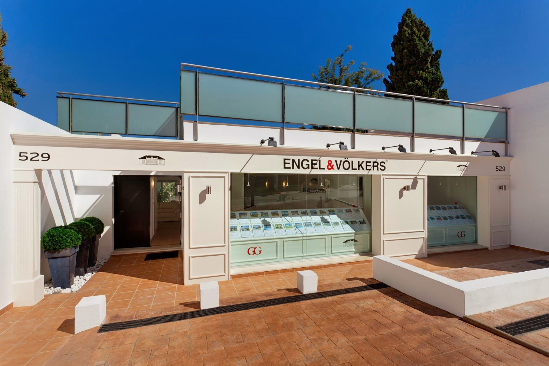 Smadar kahana has purchased engel v lkers puerto ban s for Banus group