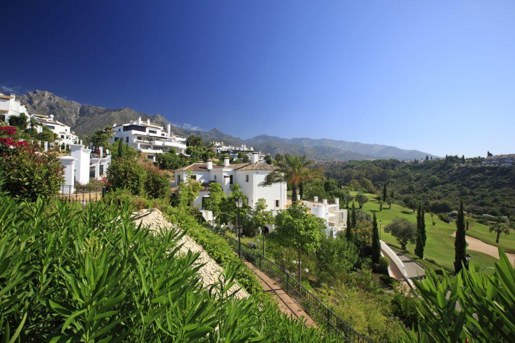 Apartment in Monte Pariso Marbella Golden Mile Country Club