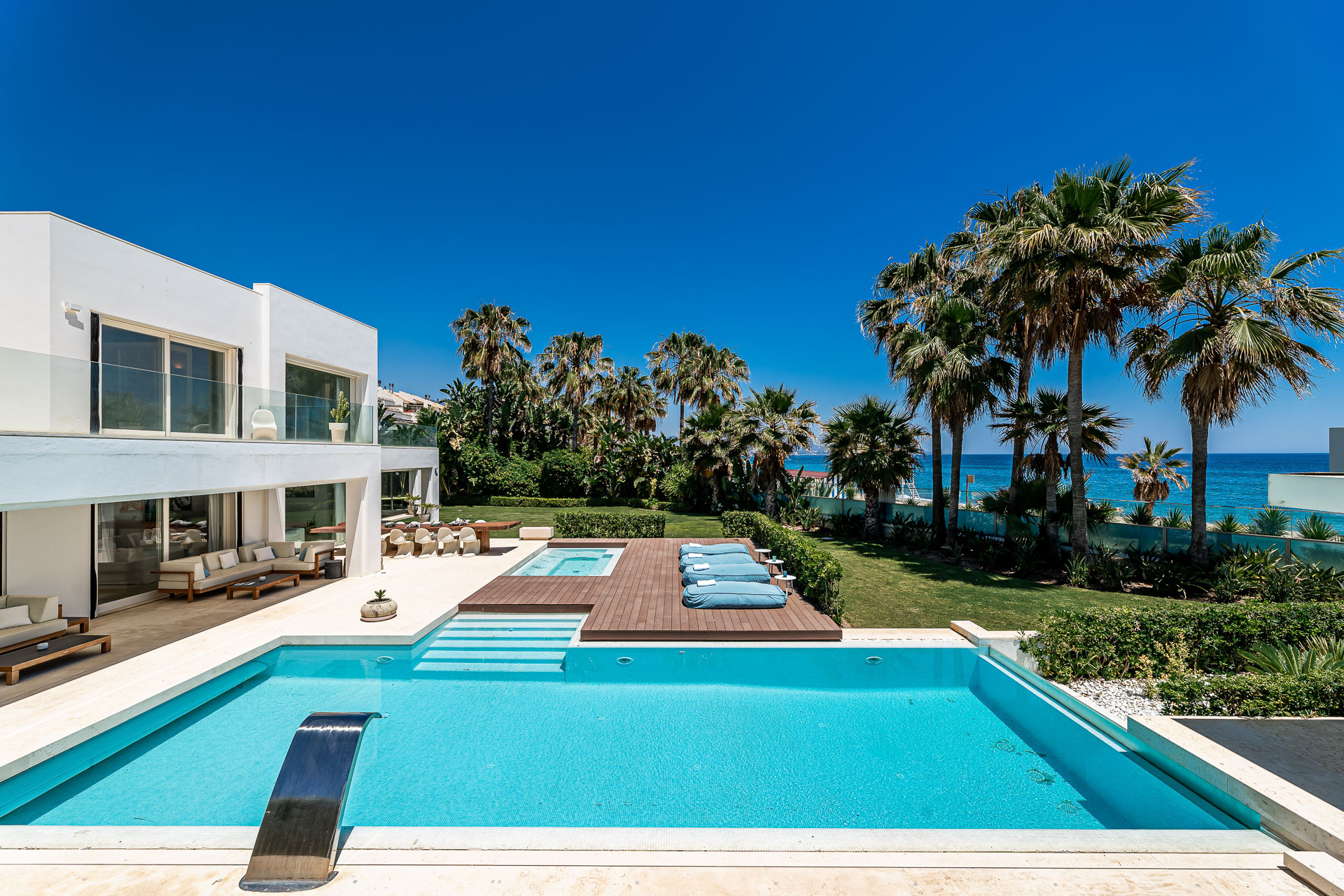 Beach Side Golden Mile Marbella
