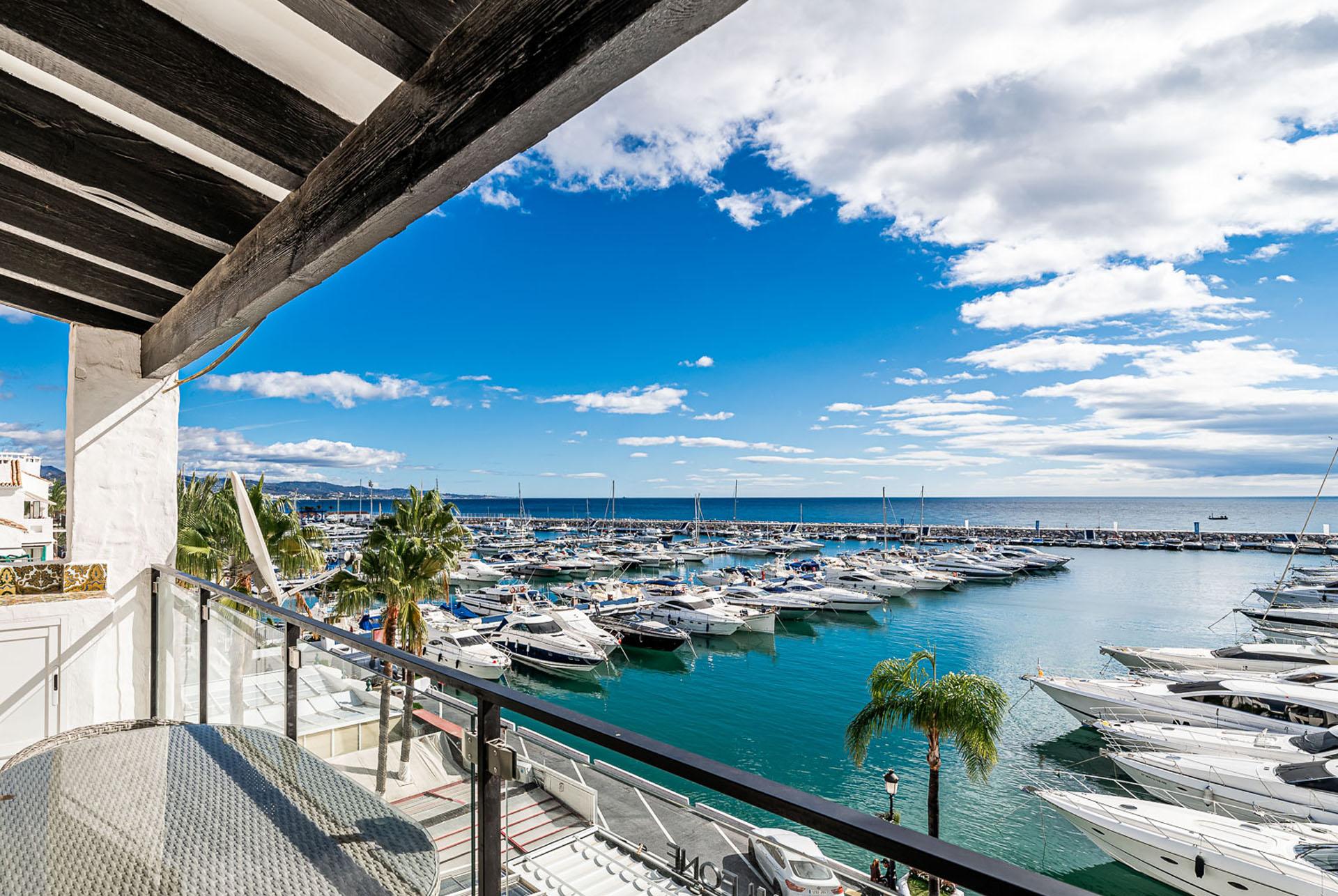 Penthouse in Puerto Banús Marbella